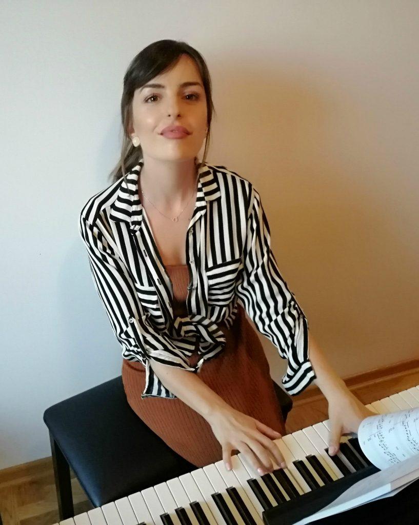 Elena_Sedlic_Privatni_Časovi_Pevanja_Beograd